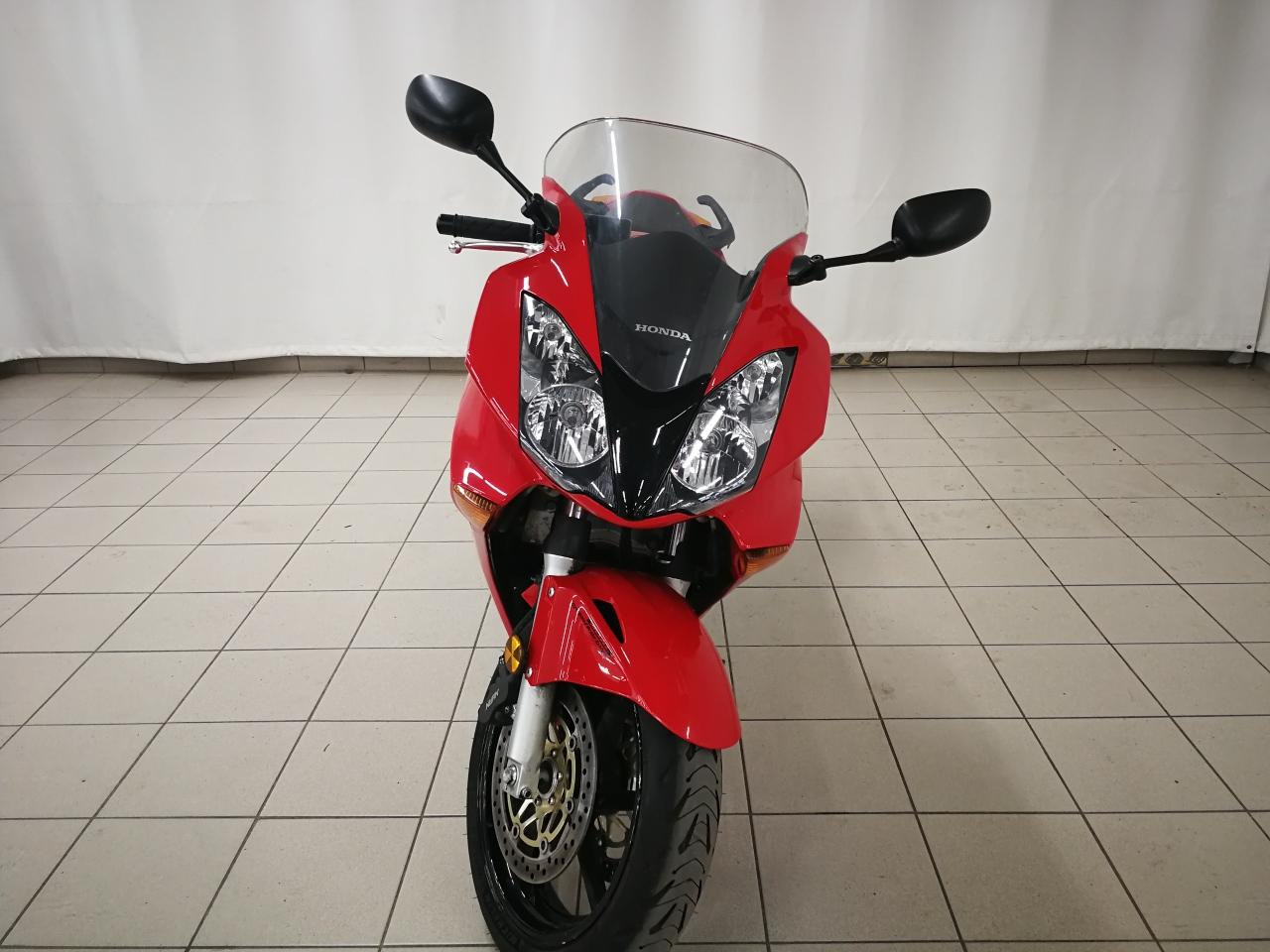 2002 HONDA VFR800 RED